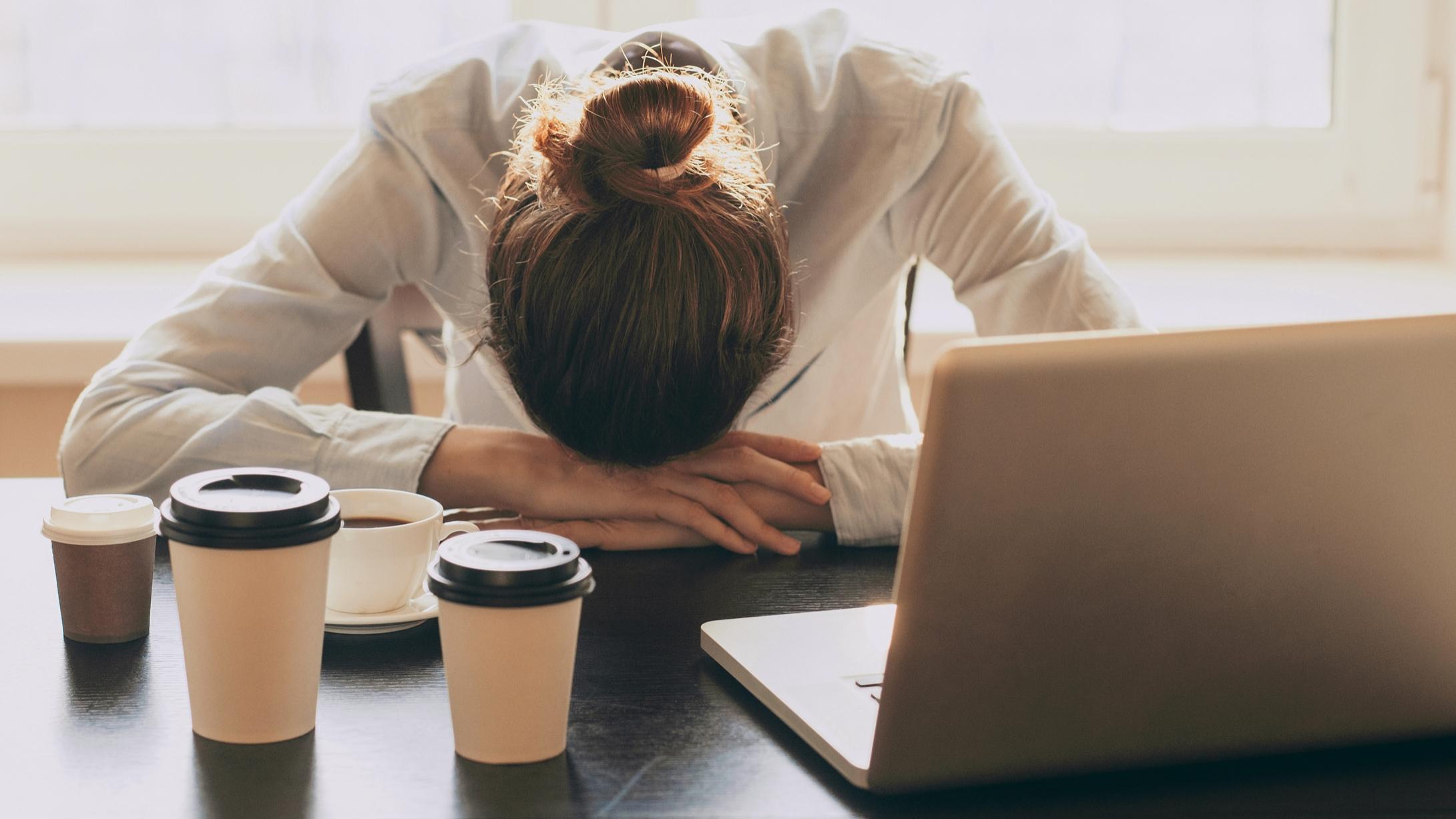 Ezek az alváshiány negatív hatásai!   Sleepwell