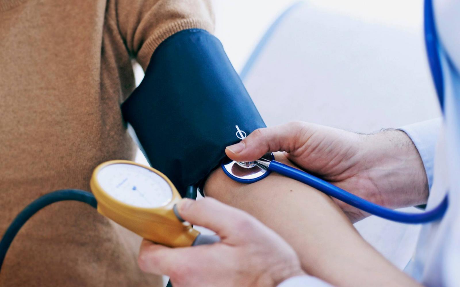 magas vérnyomással repülhet magas vérnyomás kor súlymagasság