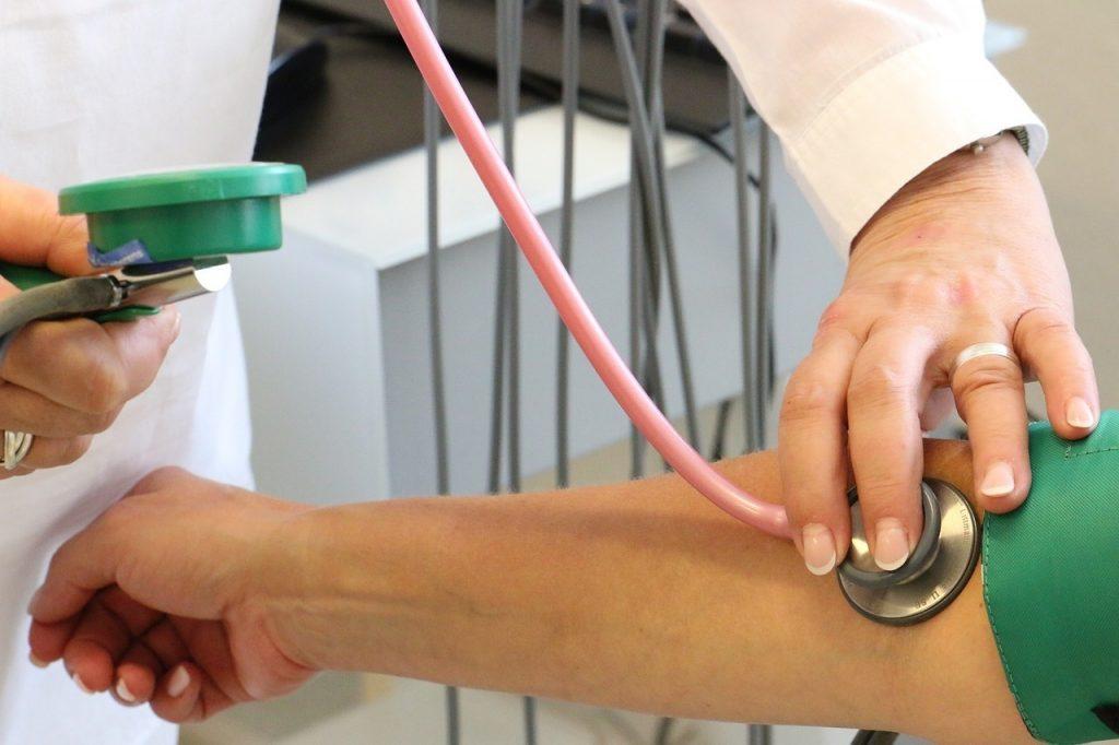 magas vérnyomás Németország magas vérnyomás 1 stádiumú tünetek