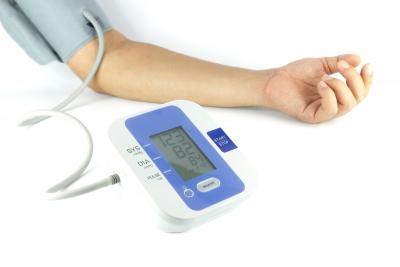 a magas vérnyomást kezelik-e vagy sem