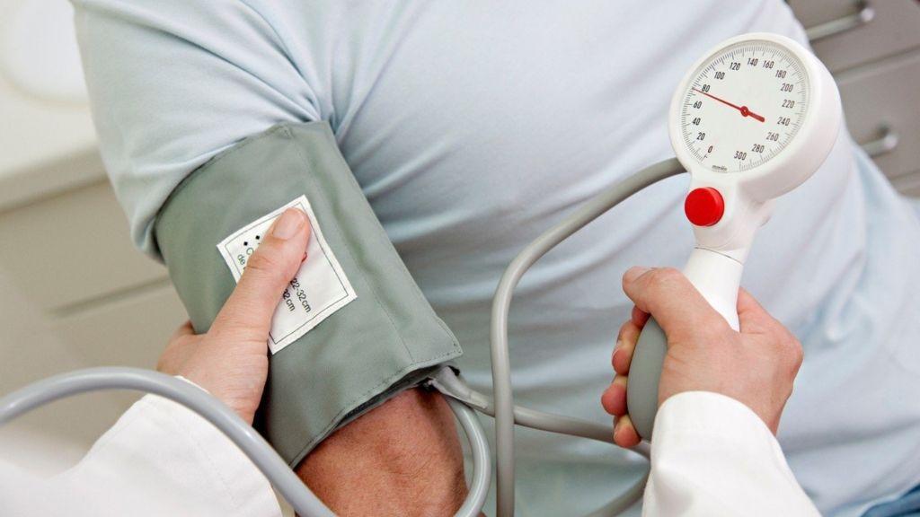 magas vérnyomás 26 évesen