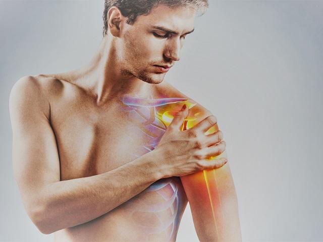 magas vérnyomás fájdalom a bal vállban hipertóniában szenvedő csipkebogyó iható