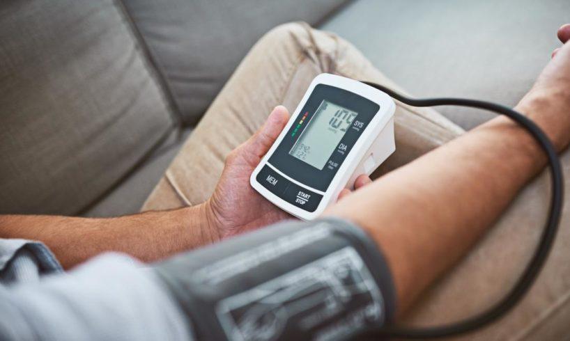 magas vérnyomás nyugdíj a magas vérnyomás stroke-hoz vezet
