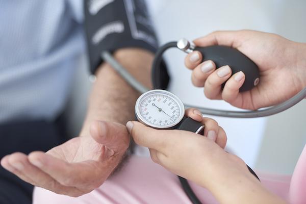 milyen nyomás jelzi a magas vérnyomást szedhető-e nurofen magas vérnyomás esetén