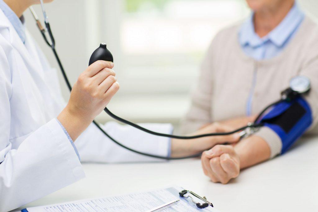 magas vérnyomás bél rendellenesség