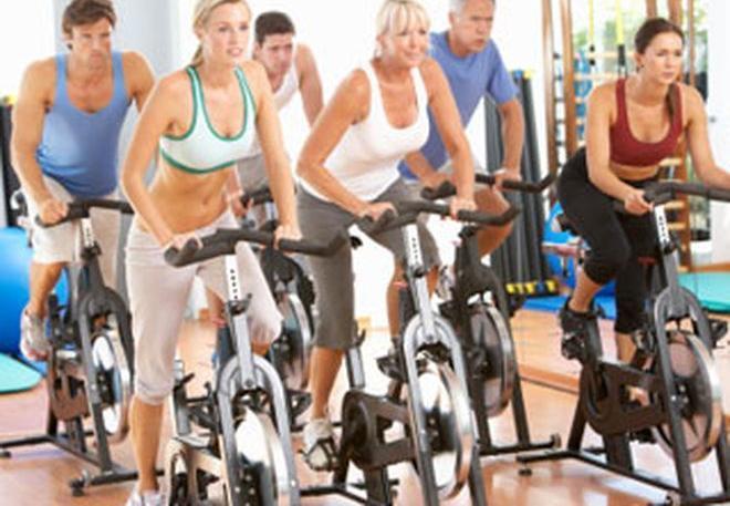 Sporttal vertem a magas vérnyomást magas vérnyomás és vízmennyiség