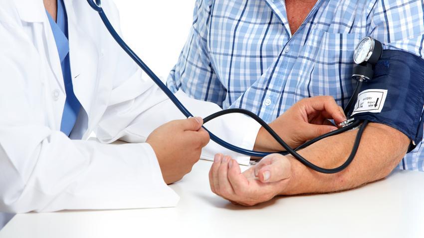 magas vérnyomás és görcs