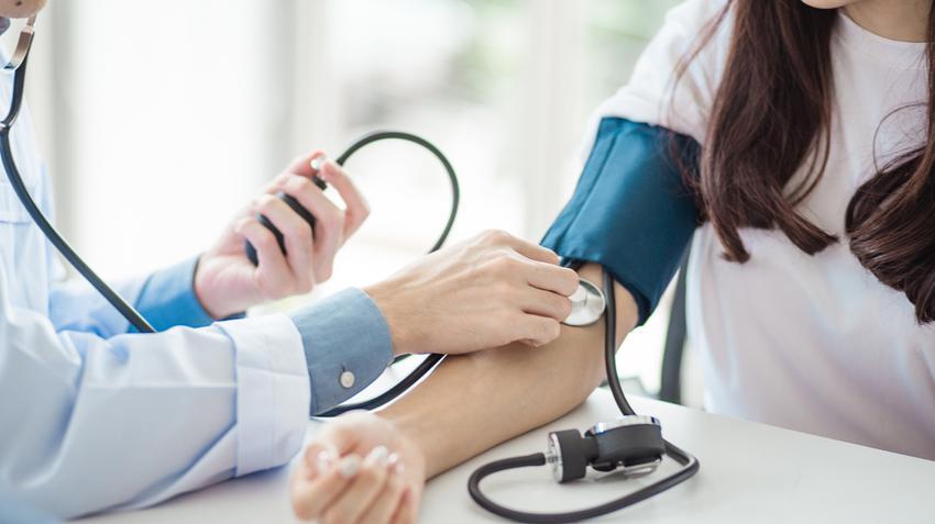 magas vérnyomás, ami felső és alsó nyomást jelent